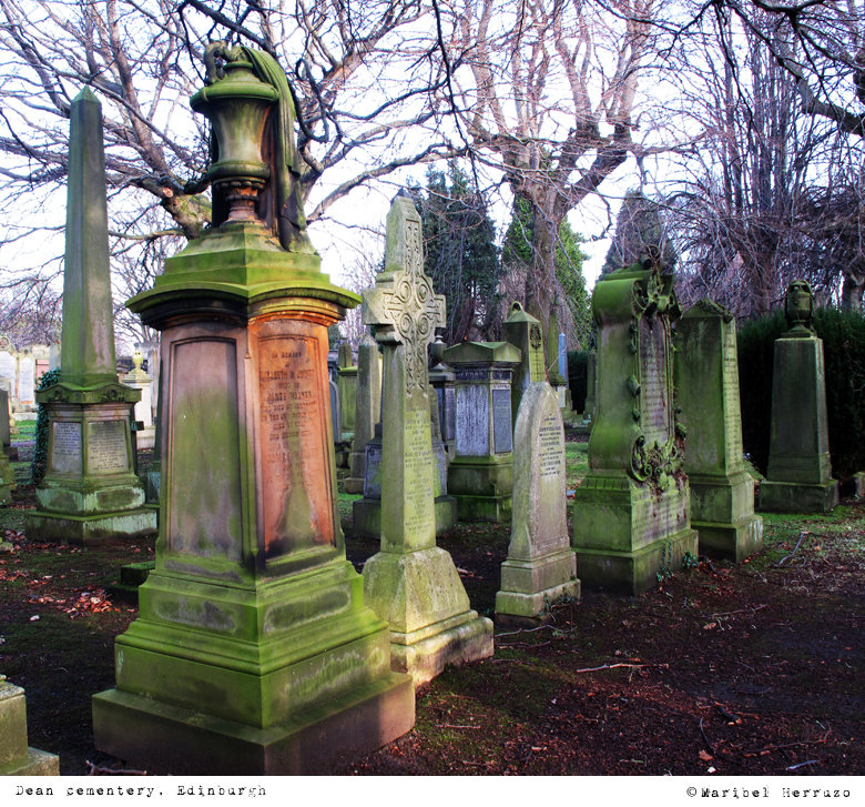 Cementerio Dean Village